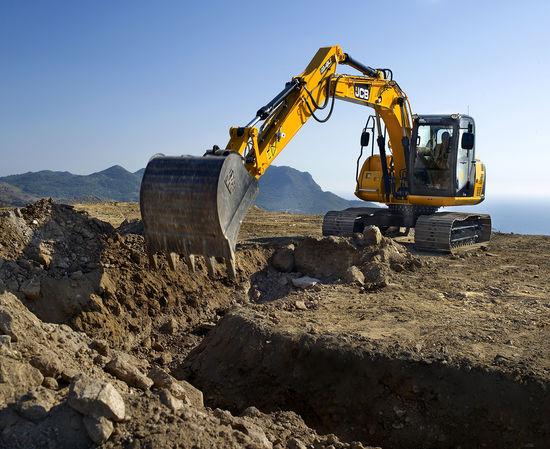 JS145 digging
