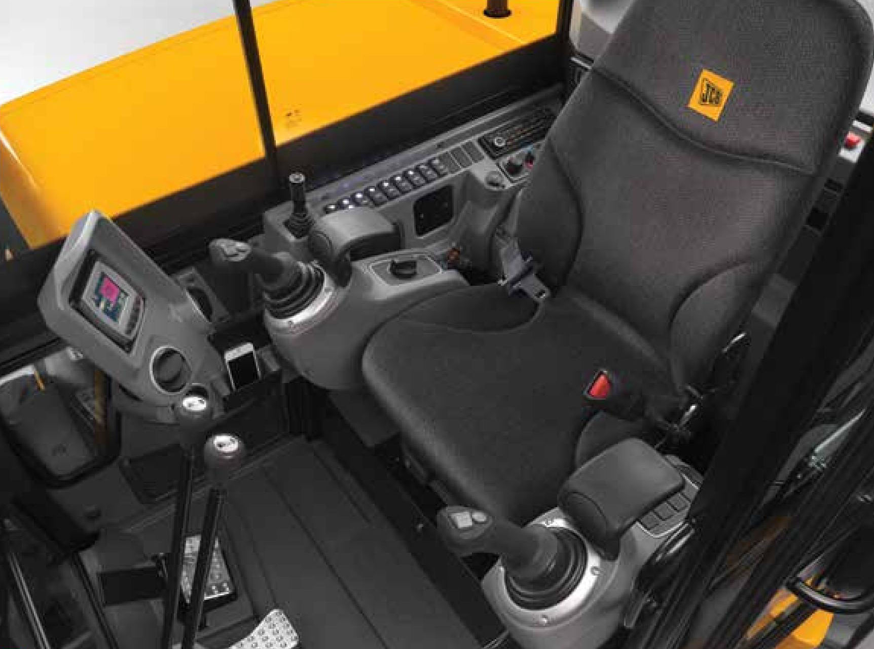 Holt Jcb 8t Comfort And Ease Of Use
